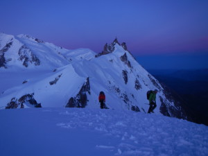 Midi Plan ridge early in the morning